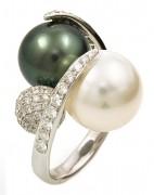 Multicolor Pearl Ring